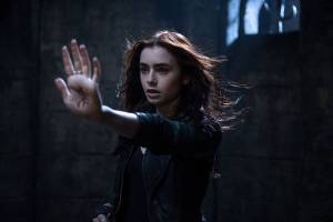 The-Mortal-Instruments-City-of-Bones-Image-01