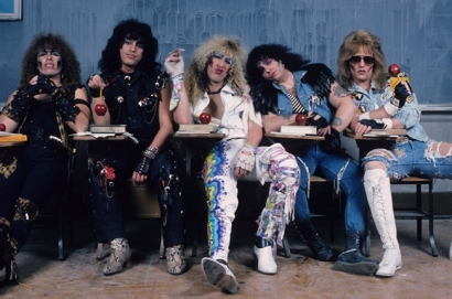 twisted-sister-650-430